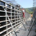 Оплати алуминиумски - наменети за оформување на бетонски конструкции и други слични флуиди.