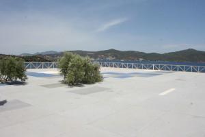 Platforma terasa nad drva